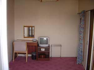 マルミ・サンライズ旅館・食堂/客室