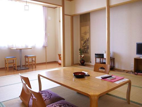ニュー泊崎荘/客室