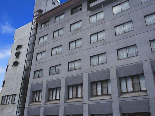 鶯宿温泉 ホテル加賀助/外観