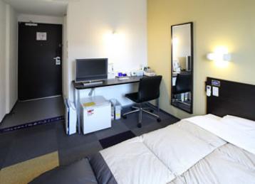 スーパーホテル小山 天然温泉「出流の湯」/客室