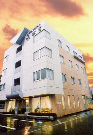 ビジネスホテル鶴富/外観