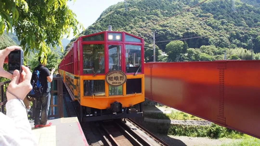 【日本.京都】搶購嵐山小火車車票攻略@麗麗蔣 (82173) - 旅行酒吧