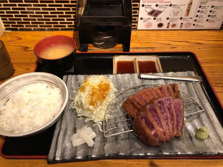 [食記]來日本一定要吃炸牛排啊~排隊名店牛カツのタケルTAKERU@林芋餅 (72287) - 旅行酒吧