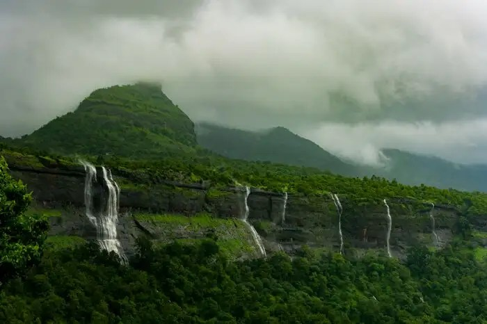Amit Name Wallpaper Hd 22 Exciting Places To Visit In Monsoon In Maharashtra