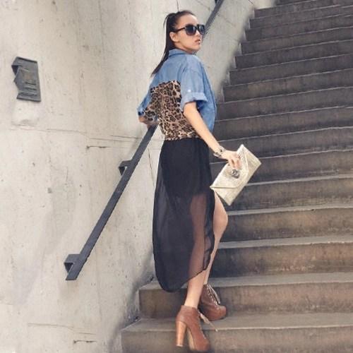Women Denim T-Shirt Leopard Printed Turn-down Collar Button Pockets Loose Casual Summer Tee Top Blue