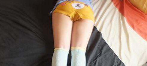 [分享] 寢襪~法莉絲180丹3D網巢推脂舒壓睡眠大腿襪試穿