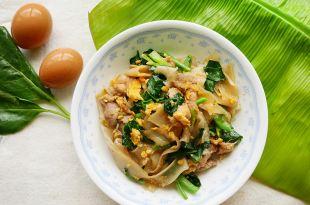 [食譜] 微波爐自製粿條與醬油泰式炒粿條( ก๋วยเตี๋ยว ผัดซีอิ๊ว)