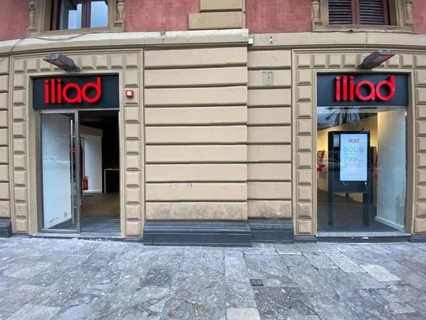 Iliad Simbox, arrivano nuovi punti vendita installati in tutta Italia