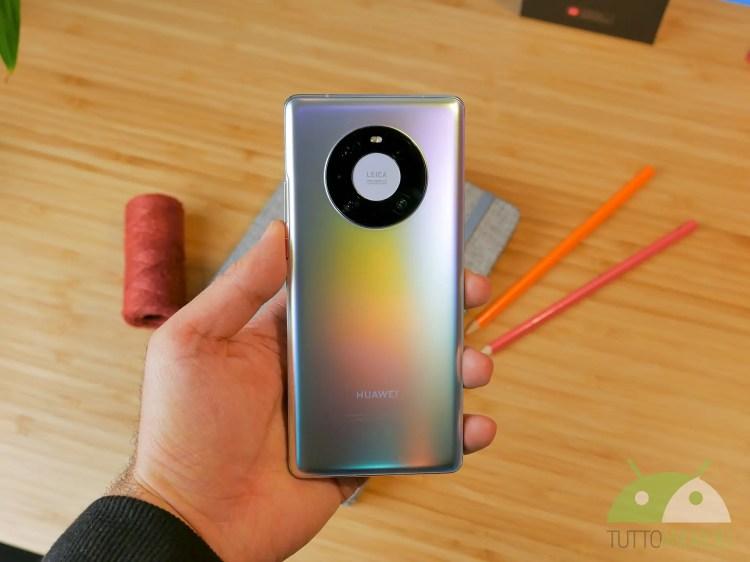 Le ultime classifiche AnTuTu del 2020 premiano Huawei Mate 40 Pro e HONOR 30