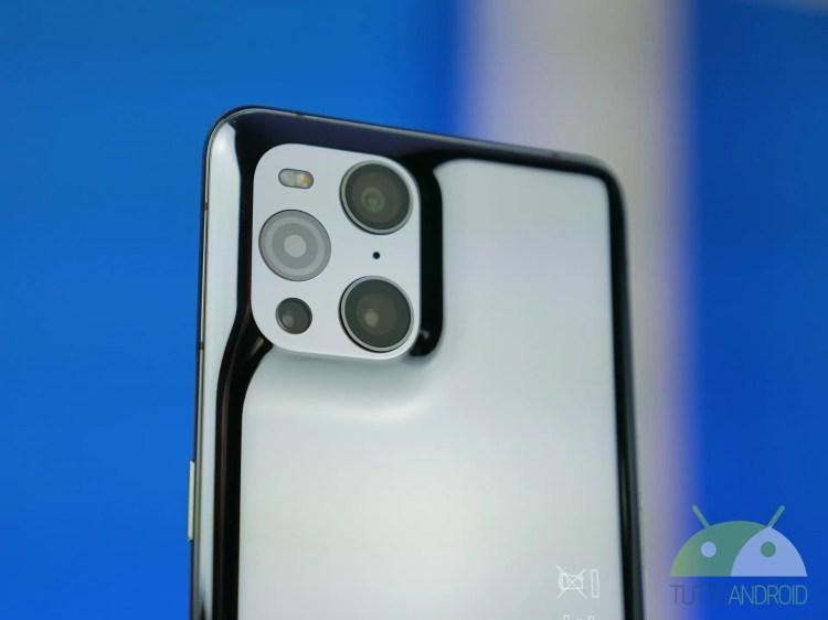 OPPO vorrebbe uno smartphone con lenti realizzate da uno storico brand