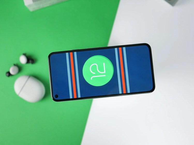 Android 12 avrà un nuovo widget social dal design accattivante