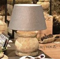 Twee Stenen Vintage Landelijke Kruik Tafellampen te Koop