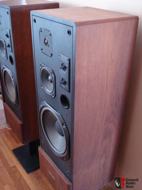 Vintage Realistic Optimus T120 Speakers Photo 705124