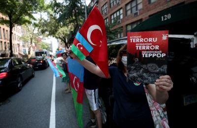 Türk Amerikan toplumu, New York'ta Ermenistan'ı protesto etti