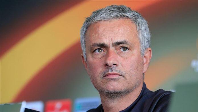 Mourinho, eski takımı Manchester United'ı farklı yendi
