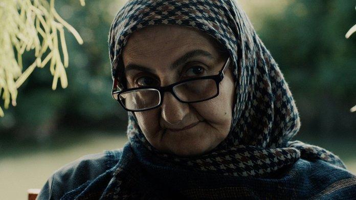 1602063048 473 turk yonetmen basrolunde annesini oynattigi kisa filmle paristen odulle dondu