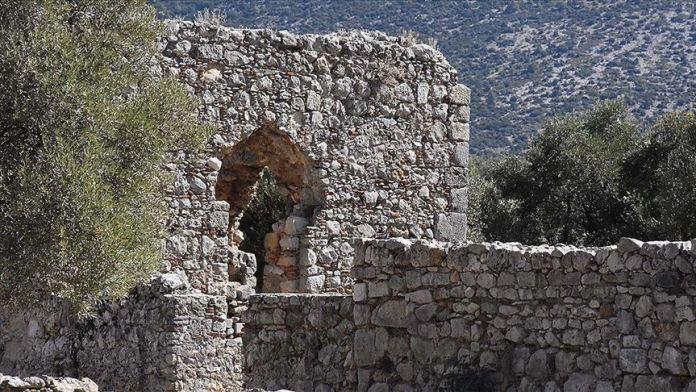 Kazılarda bulunan oyuncaklar Roma ve Türk dönemine ışık tutuyor