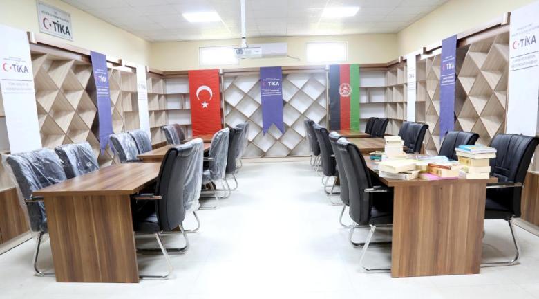 1602939030 964 tika afganistanda mevlana kutuphanesi kurdu