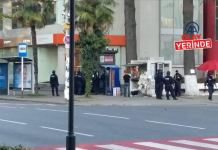 Gürcistan'da banka soymak isteyen saldırgan 20 kişiyi rehin aldı