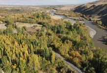Karasu Nehri ve çevresinde sonbahar güzelliği