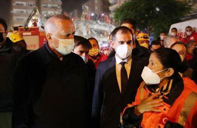 Cumhurbaşkanı Erdoğan İzmir'de deprem bölgesini ziyaret etti