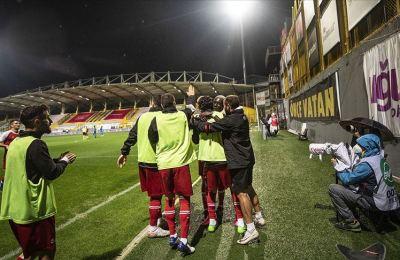 Fatih Karagümrük 3 ayrı statta oynadığı 4 iç saha maçını kaybetmedi