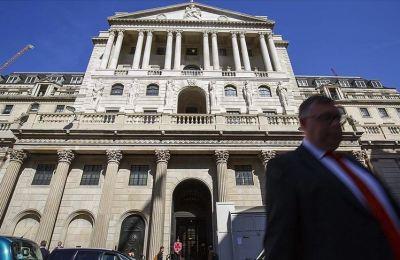 İngiltere Merkez Bankası ekonomiye 150 milyar sterlin enjekte edecek