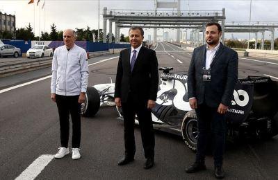 Formula 1 araçlarından kıtalar arası 'pit-stop'