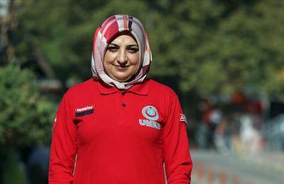 Yelda hemşire cepheden sonra İzmir'deki depremde de görev aldı