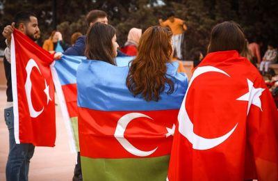 Türkiye Rusya'nın arka bahçesindeki yerini sağlamlaştırdı