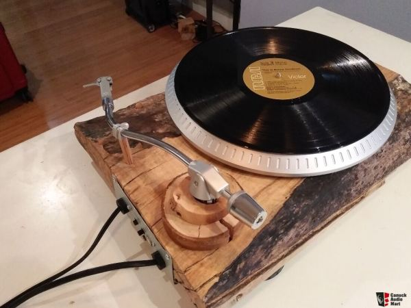 Custom Turntable Vinyl Record Player With Live Edge Solid Wood 2