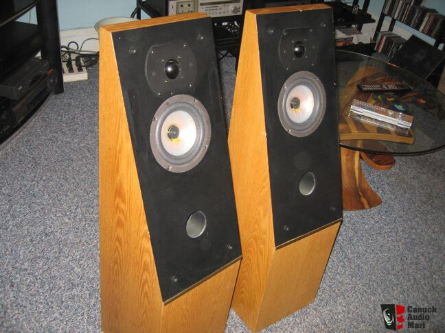 Thiel 04a Speakers Very Nice Photo 604587 Us Audio Mart