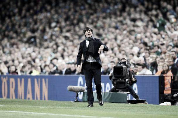 """Löw define derrota da Alemanha para Irlanda como """"inesperada e desnecessária"""""""