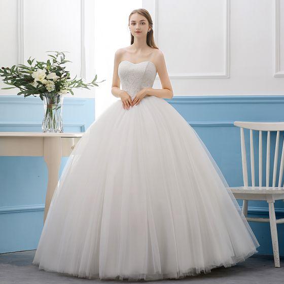 Hochzeitskleid Creme Schlicht  Friseur