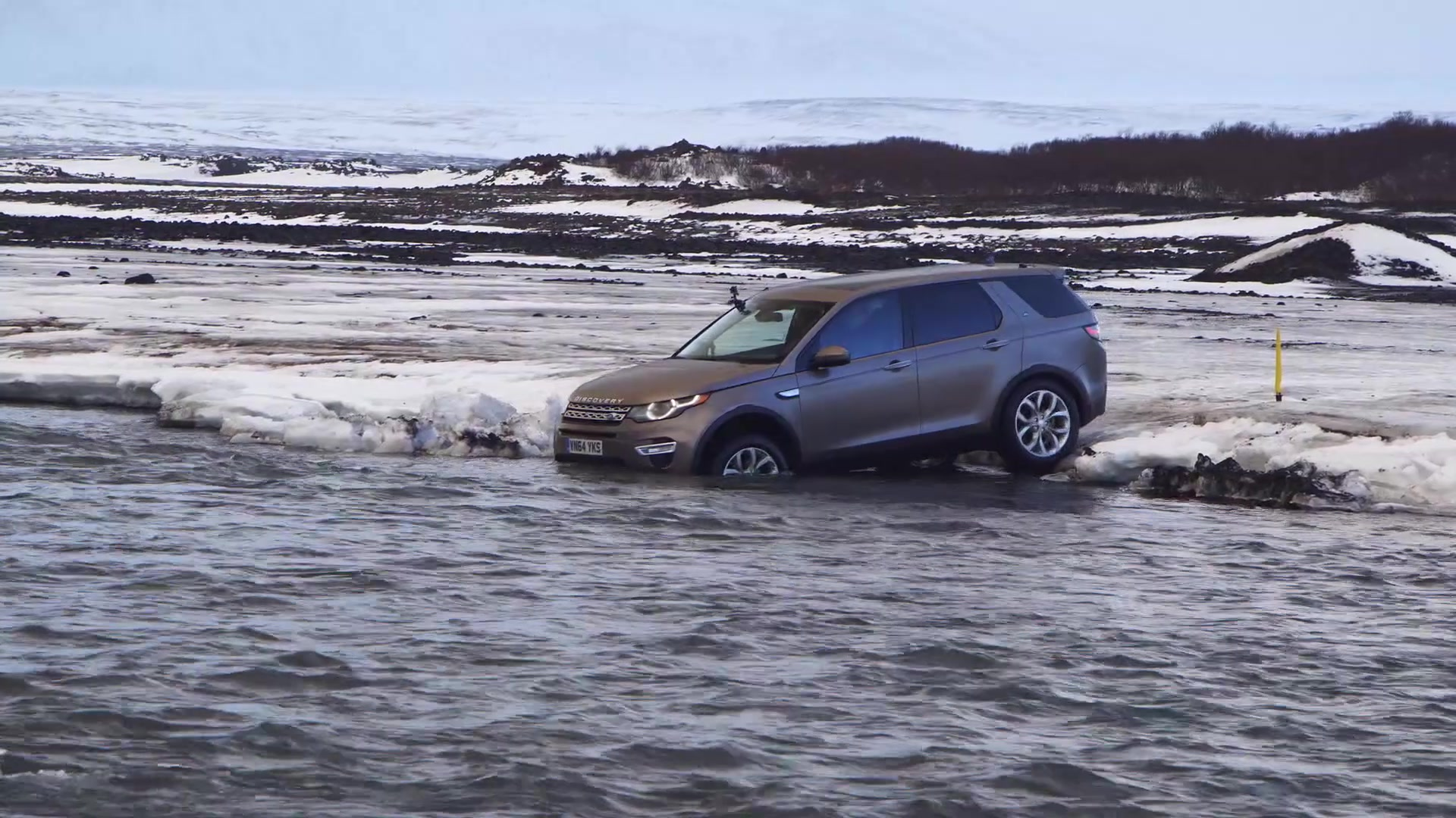 Which is faster a Land Rover Discovery Sport or sled dogs Autoblog