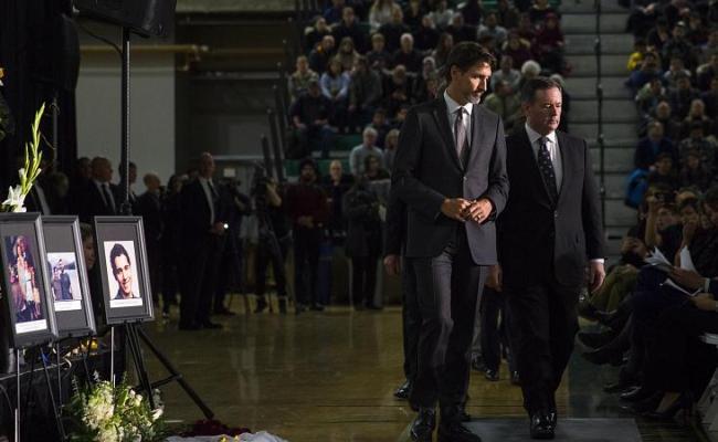 Politics On Flipboard By Huffpost Canada