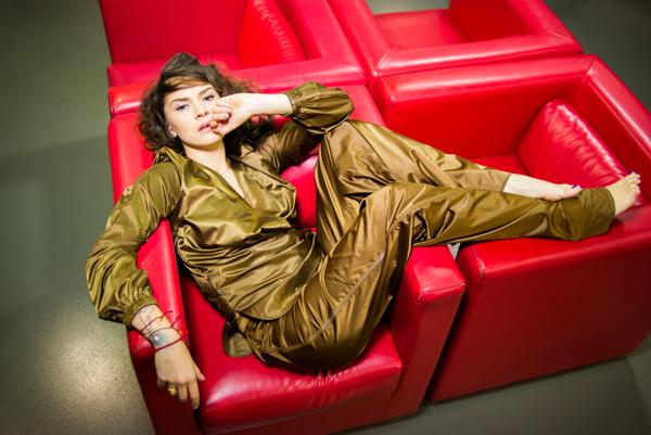 Певица злата огневич снялась в роскошной фотосессии в поддержку нового альбома «богиня» и клипа «ти обіцяв» viva.ua