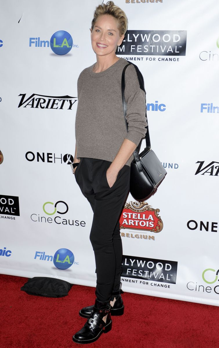 Параметры тела (фигуры) на 2020 год. Шэрон Стоун появилась на открытии Голливудского кинофестиваля