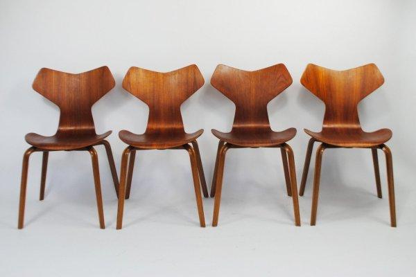 Fritz Hansen Arne Jacobsen Chairs