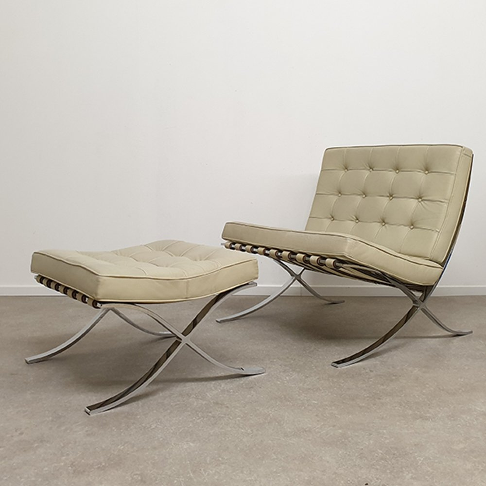 Barcelona Chairs For Sale Barcelona Chair With Ottoman By Mies Van Der Rohe For Knoll International