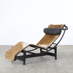 Corbusier Lounge Chair Revolving With Net Lc4 By Le And Charlotte Perriand