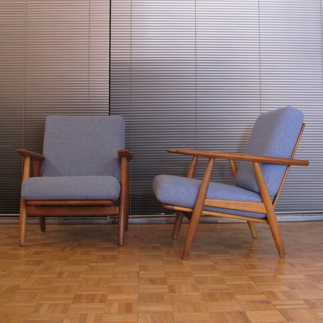 Cigar Lounge Chairs Pair Of Ge240 Cigar Lounge Chairs By Hans Wegner For