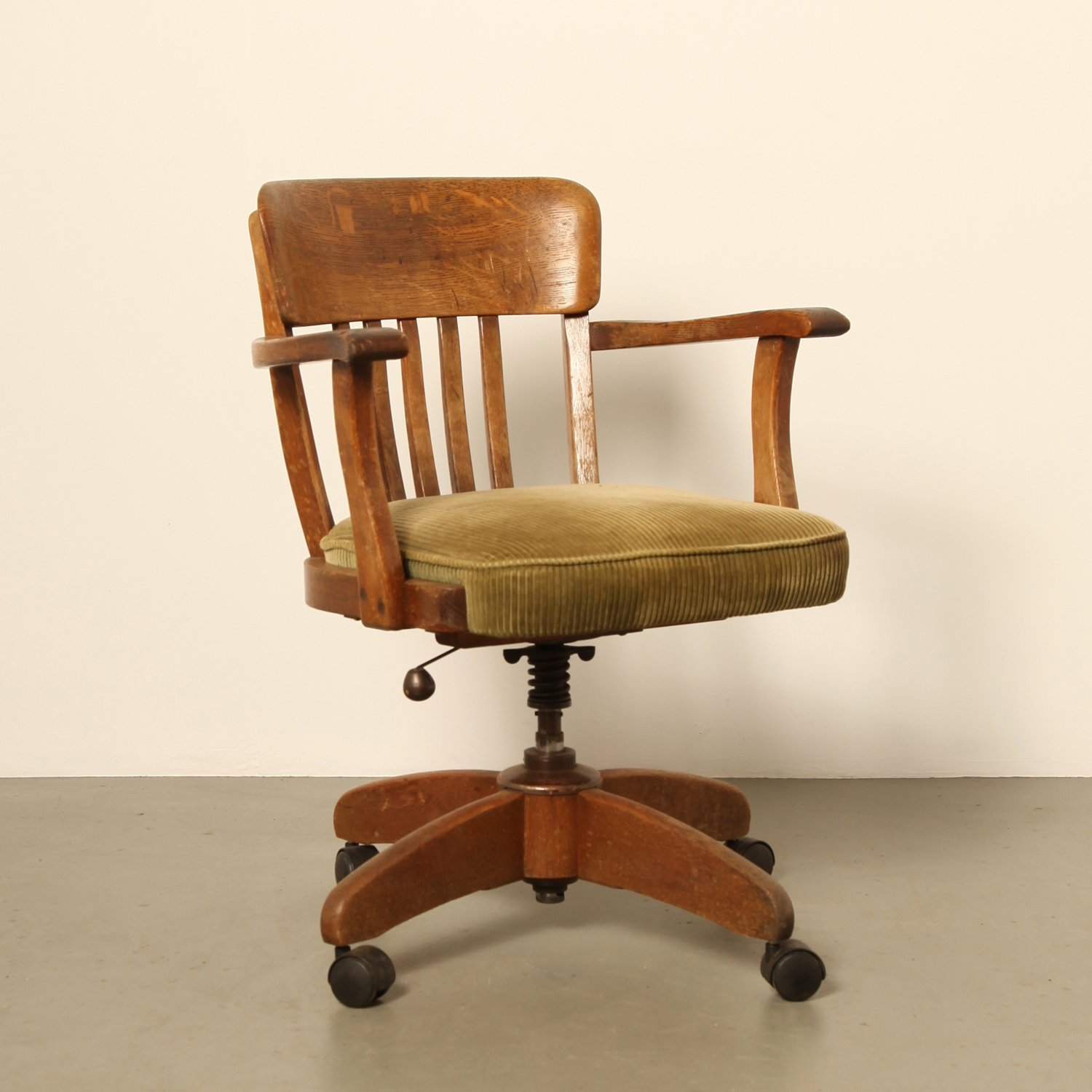 Vintage office chair 1920s  68146