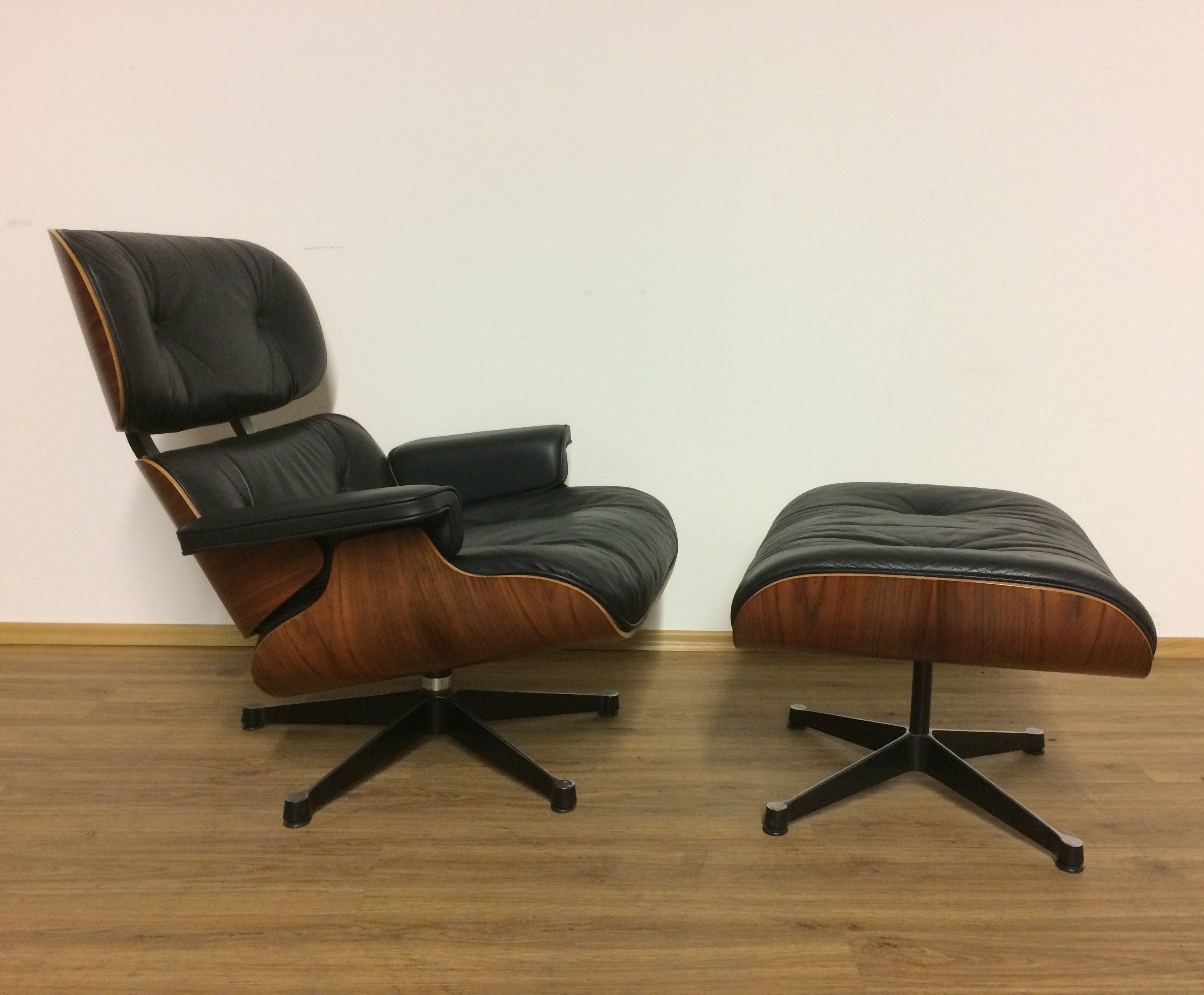 Charles Eames Lounge Chair Charles Eames Lounge Chair 1980s 74093