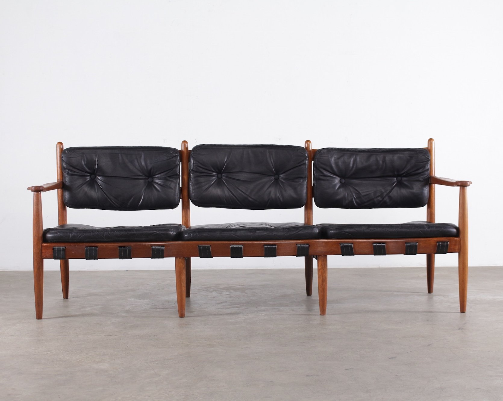 3 seater black leather sofa handy living milan in blue three 39cadett 39 by eric merthen
