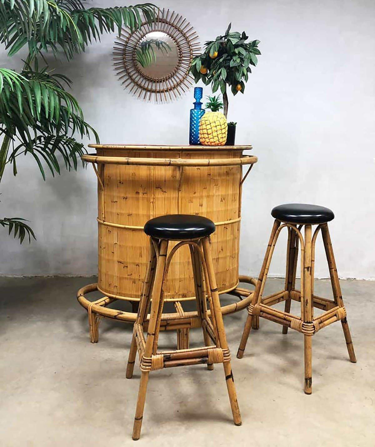 Vintage Bamboo Rattan Tiki Bar With 2 Barstools 96428