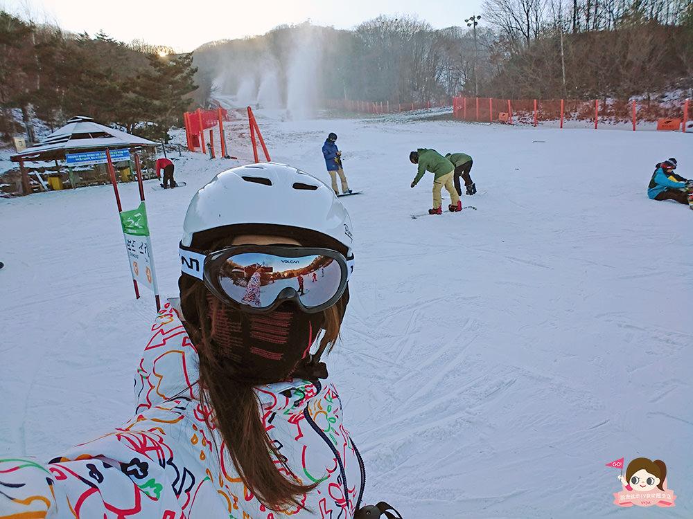 鳳凰城滑雪渡假村-滑雪會上癮-滑雪道2 - 說走就走!V歐妮旅行攝
