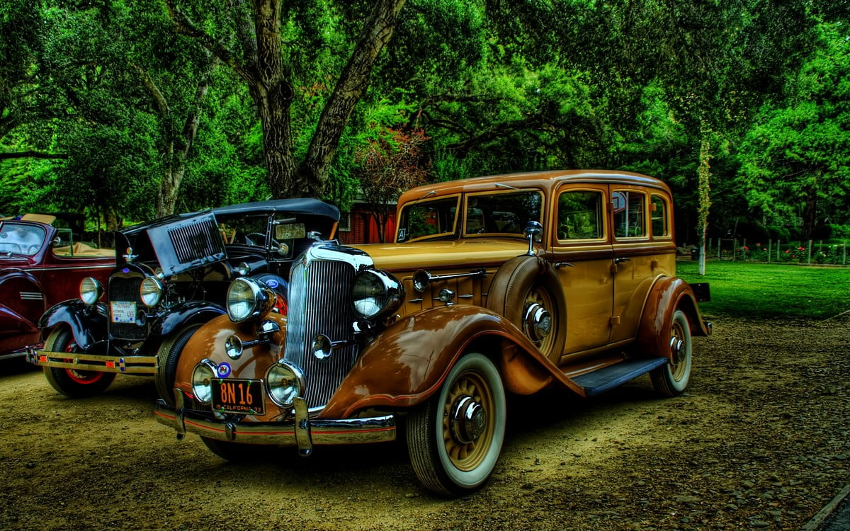 Others say that anything from a marque like ferrari or lamborghini is an inst. Old Cars Cars Vintage Car Wallpaper Download Best Free Wallpapers