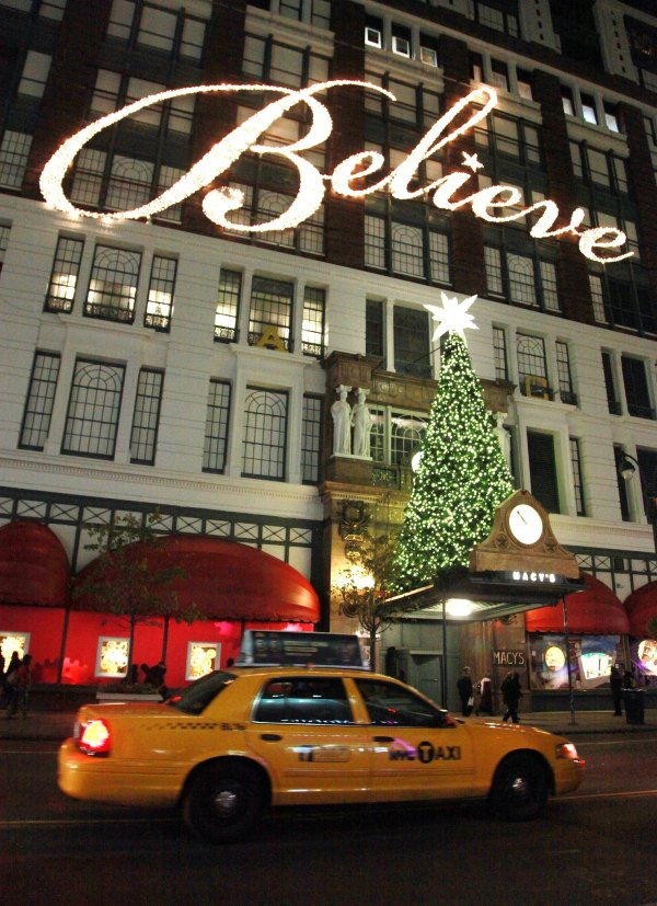 Christmas in New York City 5 dos and donts The