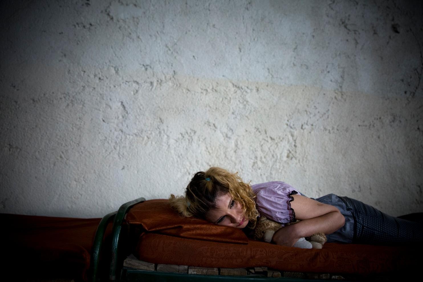 Women Addicted To Drugs In Iran Begin Seeking Treatment